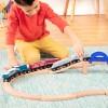 Pociąg lokomotywa + wagonik biały B.Toys